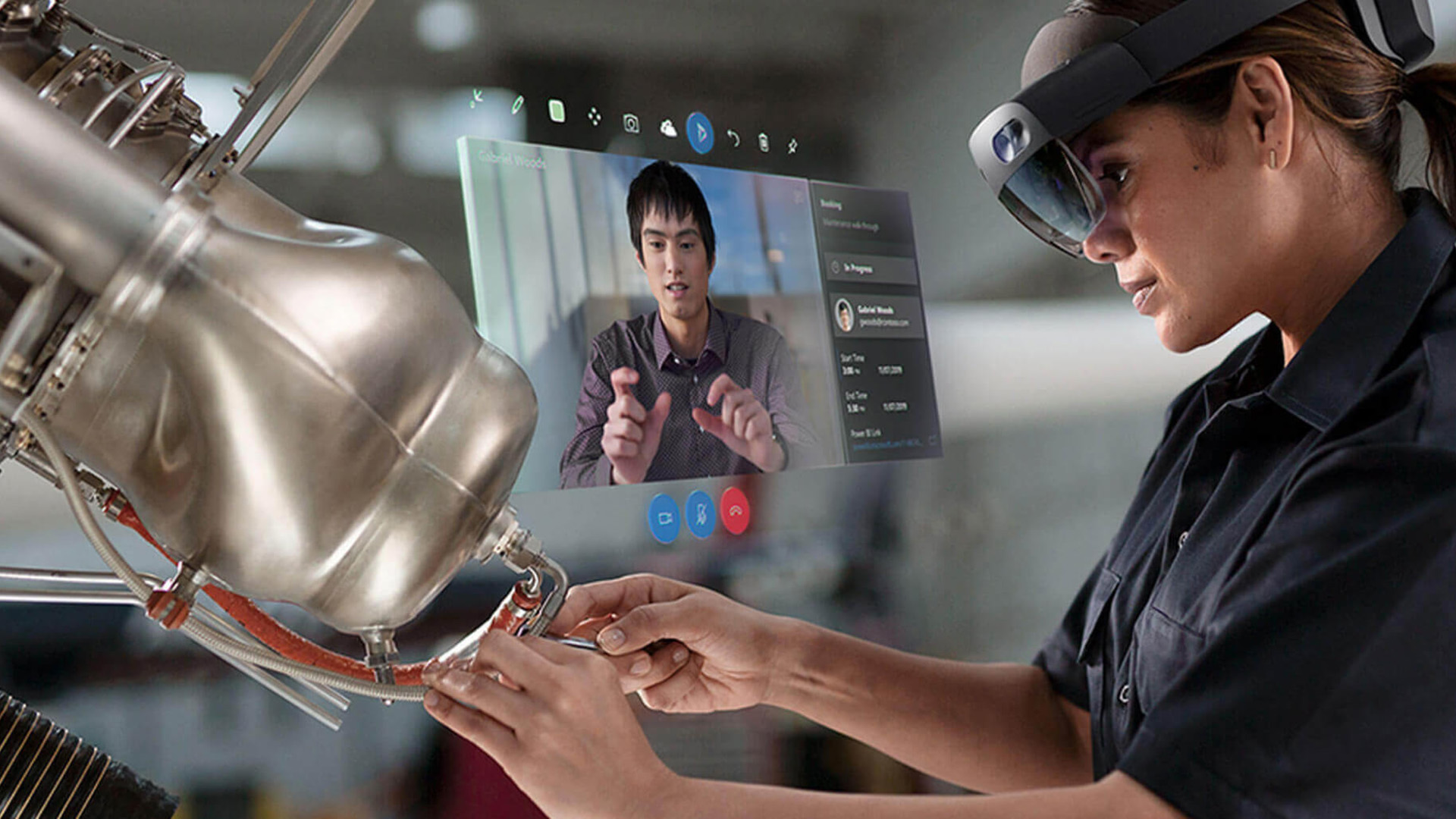 engineer using microsoft hololens for virtual training through remote assist